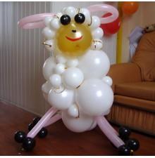 """Фигура """"Овечка"""" из воздушных шаров"""