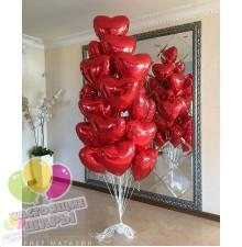 Фонтан из воздушных шаров сердец