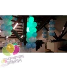 Воздушные шары в пучке бело-голубые