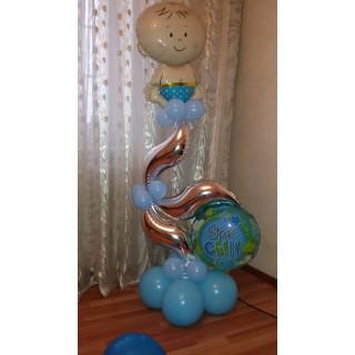 Пучок воздушных шаров с пупсиком