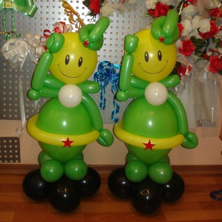 """Фигуры из воздушных шаров """"Солдаты"""""""