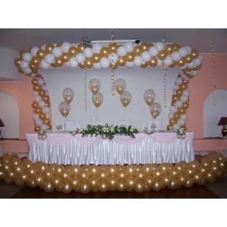 Украшение свадьбы гирляндой из шаров