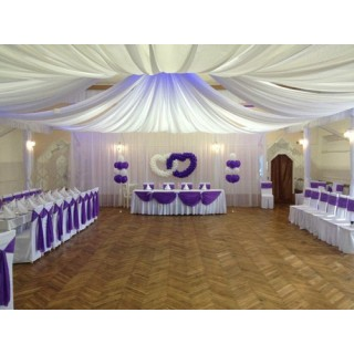 Украшение свадьбы шарами и тканями